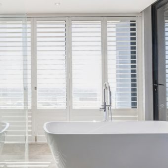 Shutter Aluminium Bathroom